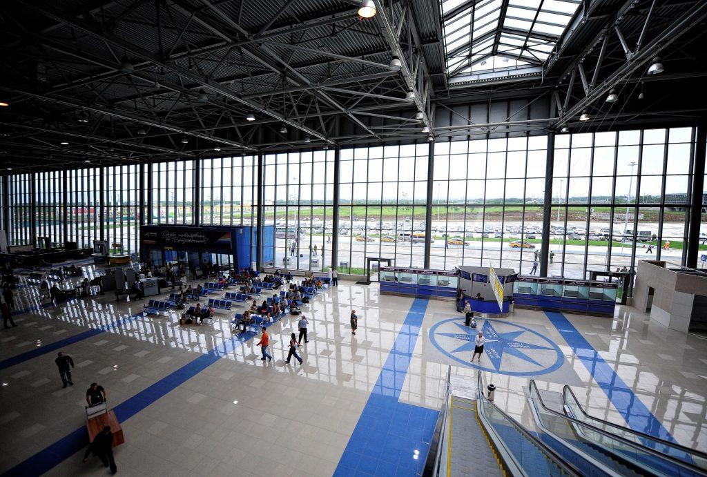 Терминал Аэропорт Кневичи Владивосток